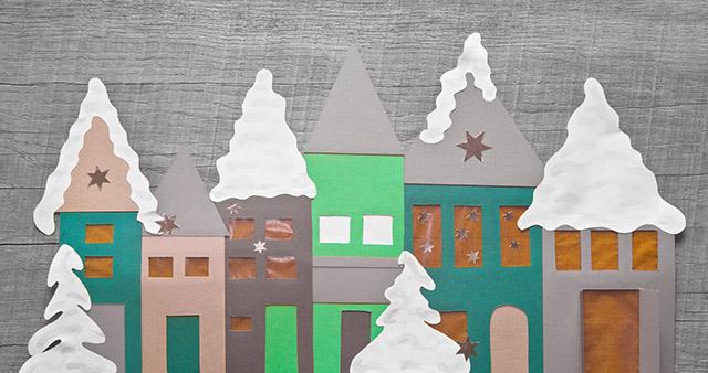 Bastelidee Weihnachten - schneebedeckte Häuser aus Karton