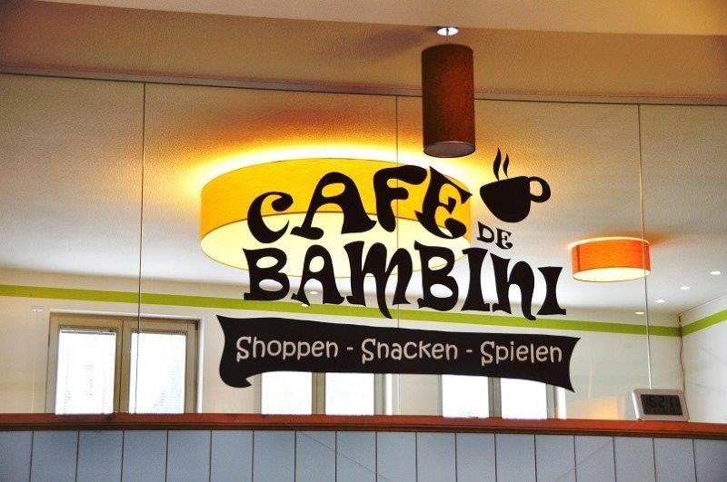 Cafe Mit Baby M Ef Bf Bdnchen