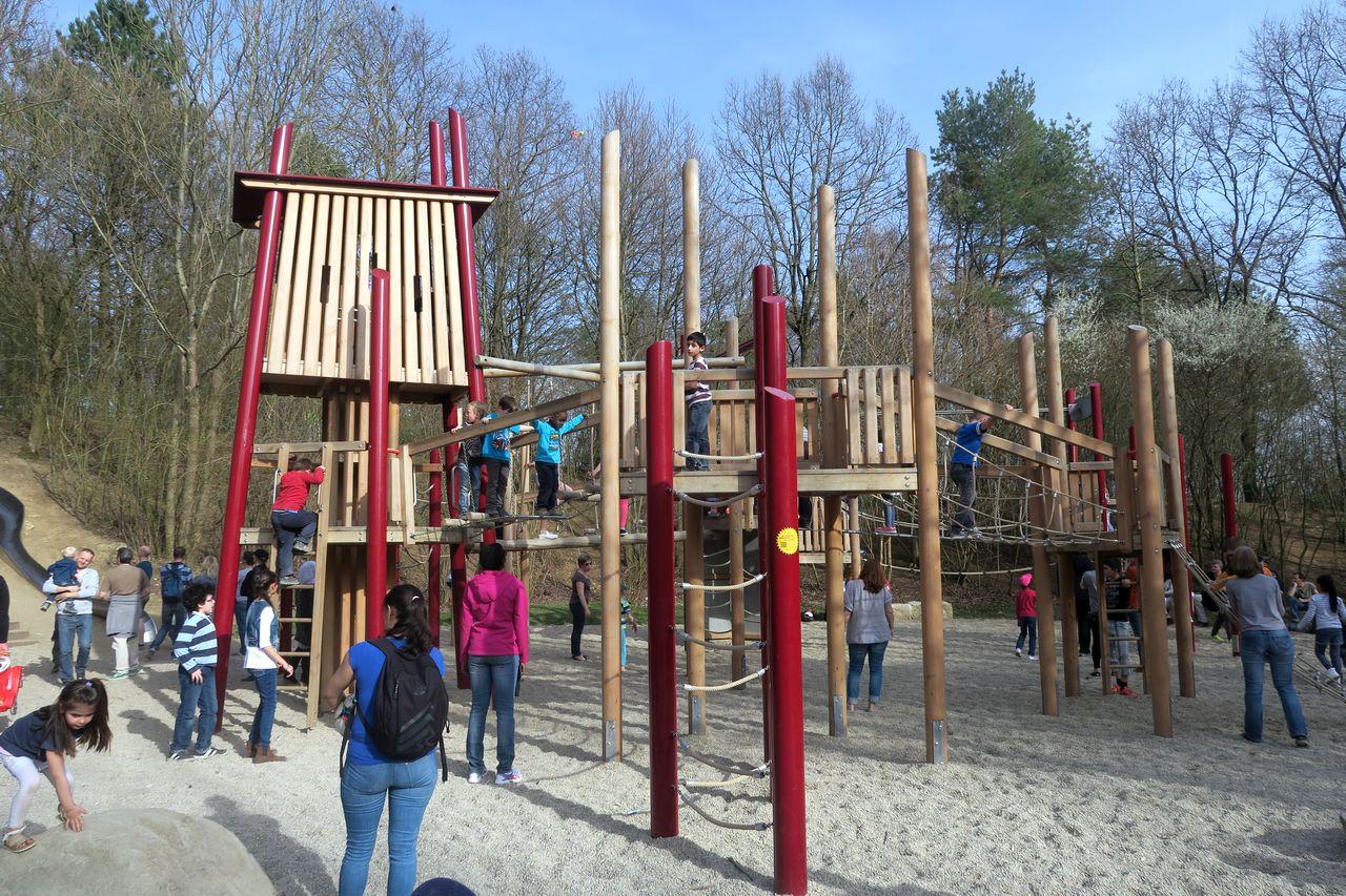 Ostpark mit Kind - Ostpark Abenteuerspielplatz
