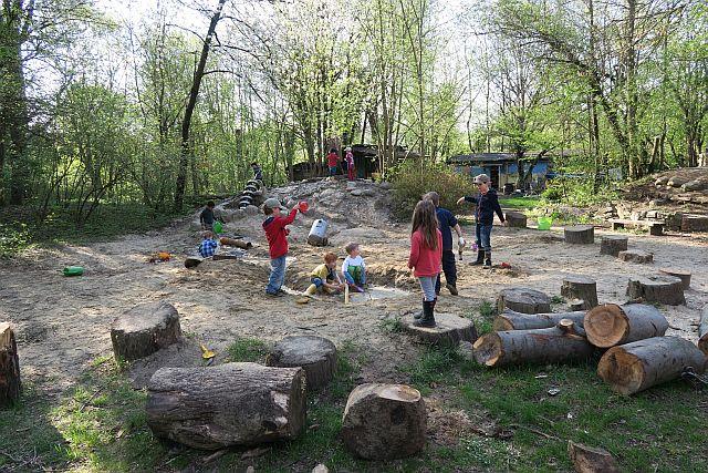 15-04-20 Abenteuerspielplatz Neuhausen (7)