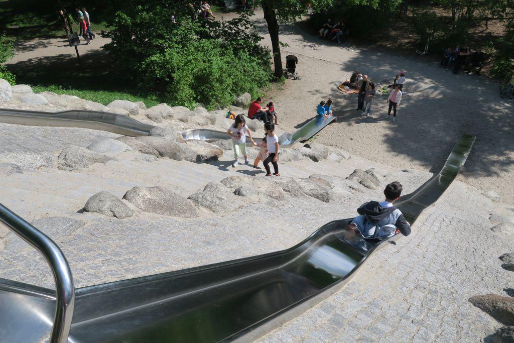 Riesenrutsche im Westpark